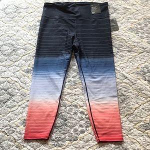 NWT Gap fit 7/8 length leggings